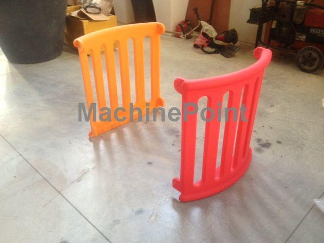 Side protection for tower - Rotomolding Playground Slide - Used machine - MachinePoint
