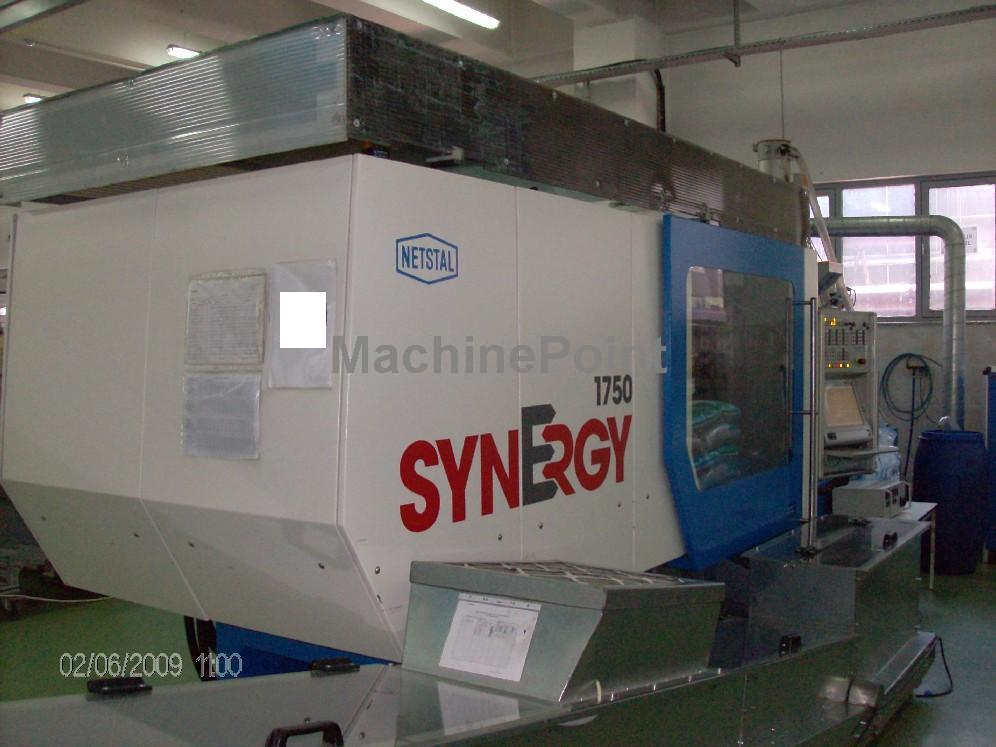 Go to Injection moulding machine for food and beverages caps NETSTAL Synergy 1750