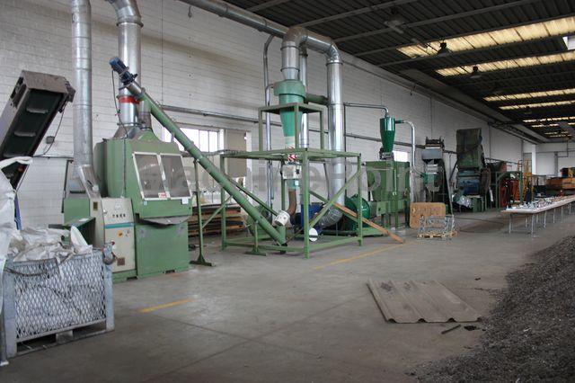 Go to Sorting and separating plant GUIDETTI Electrical wire shredding plant