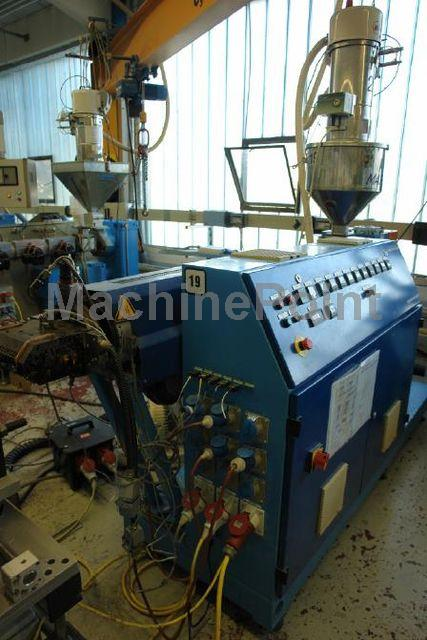 Idź do Single-screw extruder for PE/PP MAPLAN Unex 60/30