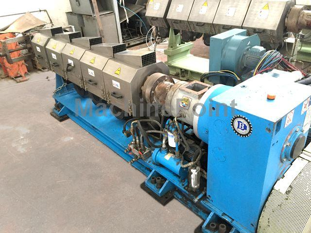 Idź do Single-screw extruder for PE/PP BANDERA TR100/30D