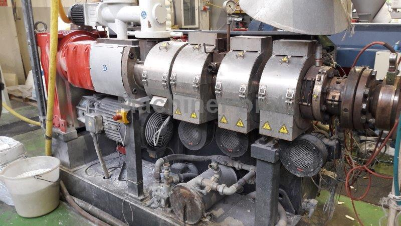 Devam et Twin-screw extruder for PVC CINCINNATI EXTRUSION KONOS 50P-22-36-110-UT